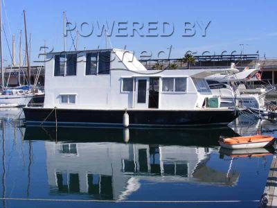 Chris-Craft Aquahome 46 House boat