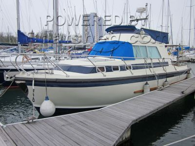 Aquastar Ocean Ranger 33 flybridge