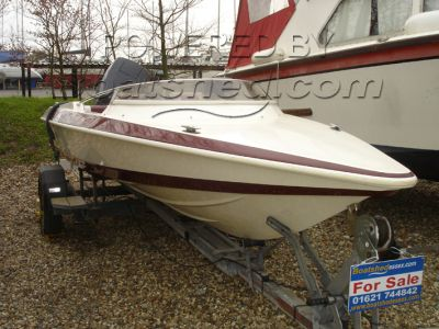 Wave Rider 510 Challenger Excel Speed Boat