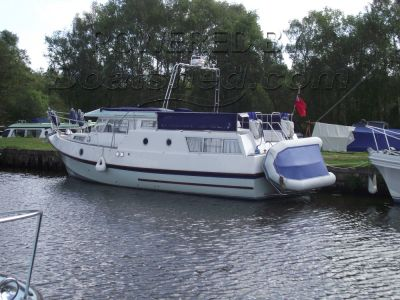 GRP 37 foot Cruiser with Command Bridge