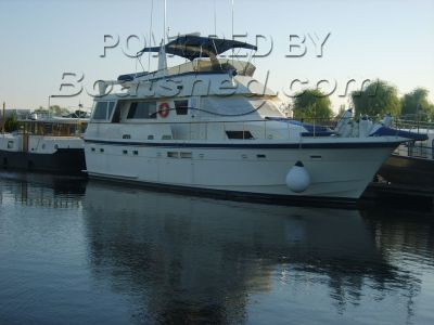 Hatteras 54 Long Range Cruiser