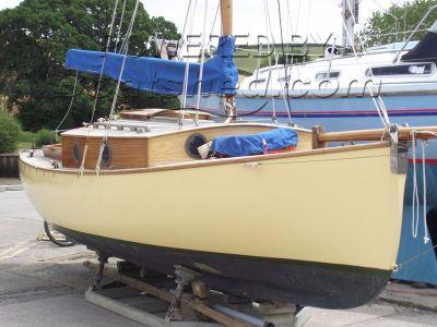 Farne Islander 26
