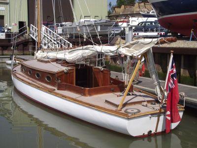 Classic 45ft Edwardian Broads Yacht