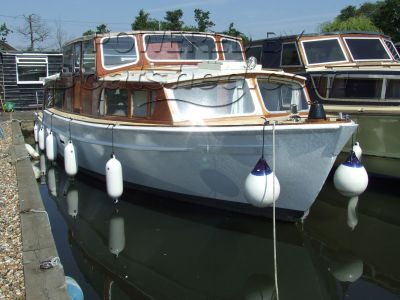 Porter & Haylett Liveaboard Classic motor cruiser