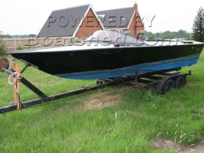 Delta Clubman Speed Ski Boat