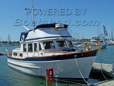 Universal 36 Trawler Tri-cabin