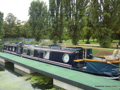 Narrowboat 57ft Cruiser Stern