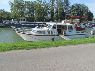 Dutch Steel Cruiser Canal and river cruiser
