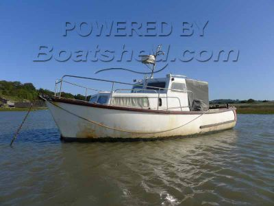 Versatility 25 Fishing Boat