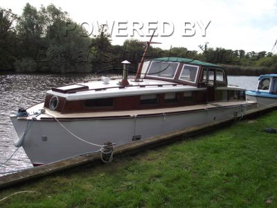 Wooden  Motor Cruiser 32 Richardsons of Stalham built