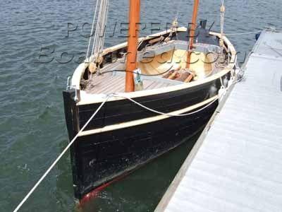 Falmouth Marine Cornish Lugger 22'