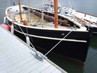Falmouth Marine Cornish Lugger 22'