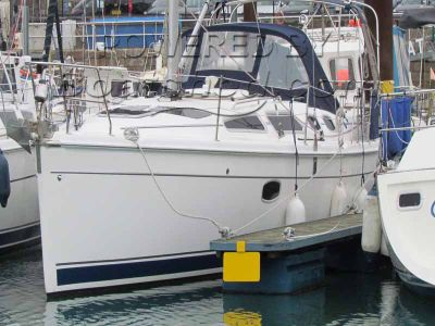 Hunter Legend 36 Bilge Keel
