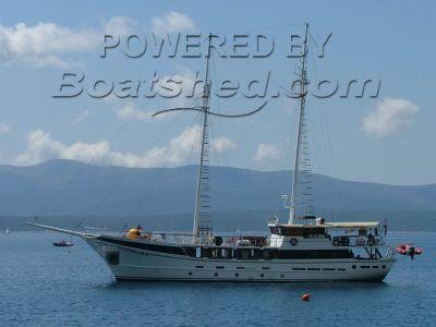 Charter Yacht Motor Sailer