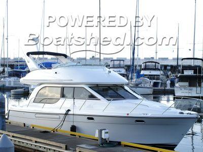 Bayliner 3788 Motoryacht (Twin Diesels)