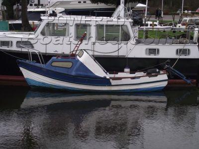 Coates Marine Yorkshire Pebble 17 Fishing/Day Boat
