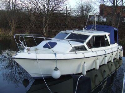 Aquabell 28 Motor Cruiser
