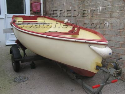 Yeomans Stem Dinghy 10ft GRP