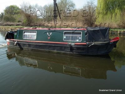 Narrowboat 30ft with Mooring Cruiser Stern