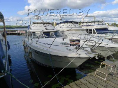 Princess 35 Flybridge Cruiser