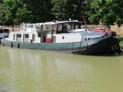 Dutch Tjalk Live aboard