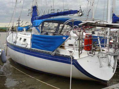 Hunter Marine H37