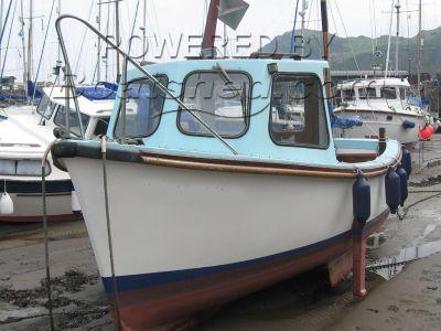 Saltram 21 Day Fishing Boat