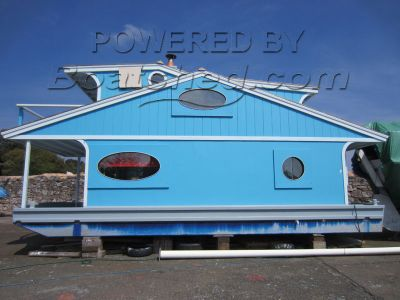 Houseboat Florida Style New Build