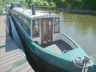 Narrowboat 45ft with Mooring Cruiser Stern