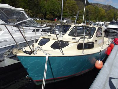 Bruce Roberts Coastworker 28