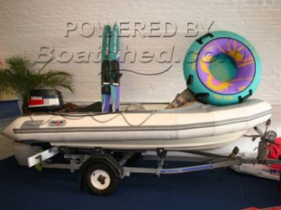 Avon 4m RIB with trailer/skis/ring
