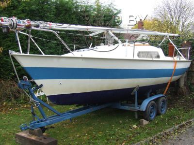 Jaguar 21 Lifting Keel Trailer/Sailer