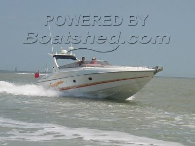 Sunseeker Apache 45 - Triple Engine