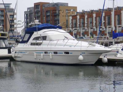 Sealine 450 Statesman Fly Bridge Cruiser