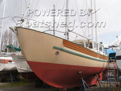 Fisher 34 Pilothouse