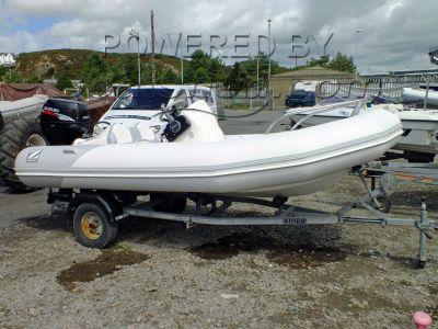 Zodiac Yachtline 380 Deluxe