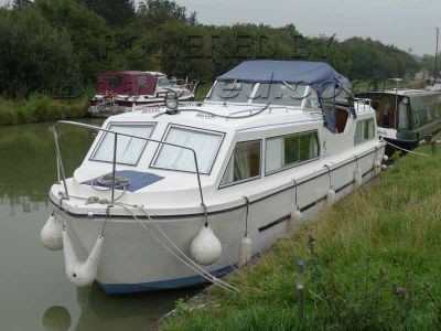 Viking 32  Aft Cabin and  Inboard Diesel