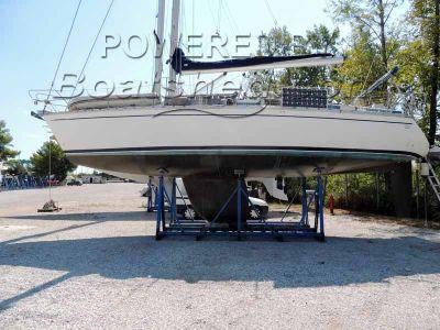 Bavaria 390 Lagoon Spacious 3 Cabin