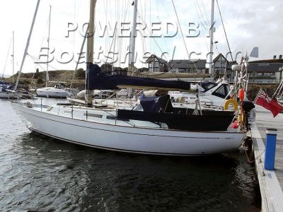 Nicholson 35 Tiller Steering /with later taller mast