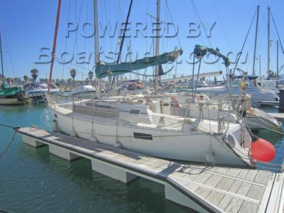 Beneteau Oceanis 320 Cruiser