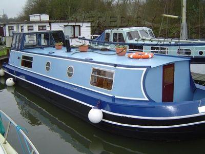 34 Liveaboard Barge