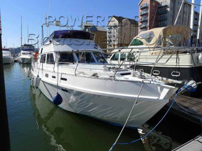 Aluminium Motor Cruiser Twin Screw