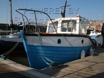 Fishing Boat Mitchell 23