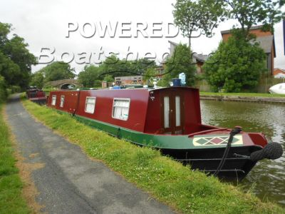 Narrowboat 50ft Cruiser Stern Re-Painted and Blacked July 2015