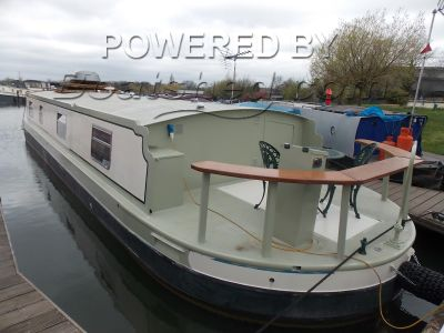 Wide Beam Houseboat 50ft with mooring