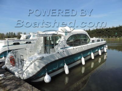 Nicols Estivale Octo Canal and river cruiser