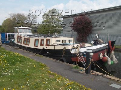 Dutch Barge 60ft ft Tjalk with Residential Canalside Mooring