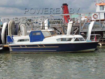 Seamaster 28 Commander