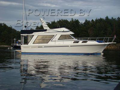 Canoe Cove 42 Sport Sedan