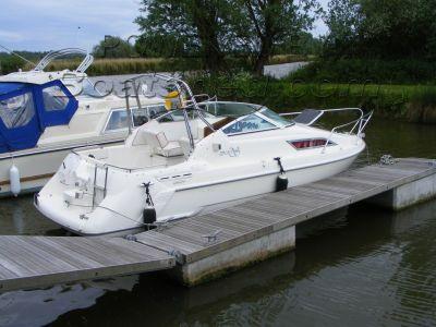 Sealine S200 Sport Cruiser